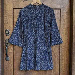 LOTT  Bell sleeve Dress